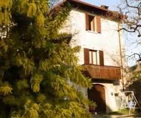 Appartamenti via Folino Cabiana
