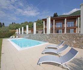 Villa Albachiara, Private Luxury villa with private pool and lake view