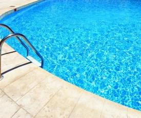 Lake & Pool